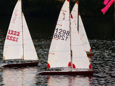 Racing Model Sailboats   Dry Pants Model Yacht Club - Dry